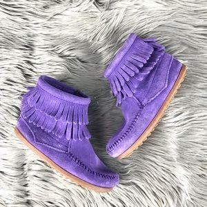 Minnetonka Purple Double Fringe Zip Moccasin Boots